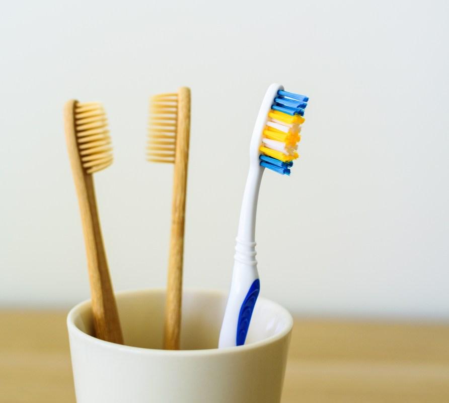 zero waste concept tooth brush MZDF5NN 1 1